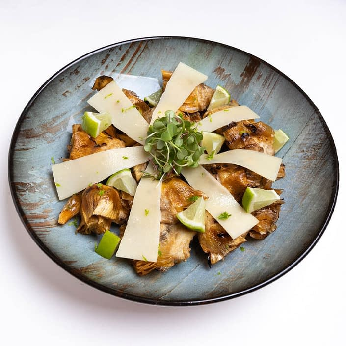 Crunchy artichokes with lime and parmesan
